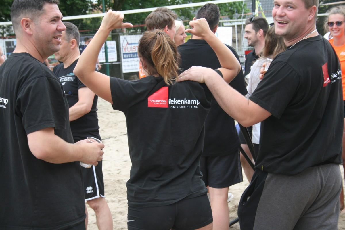 Het Loosdrechtse Beachtoernooi opnieuw een klapper !!!